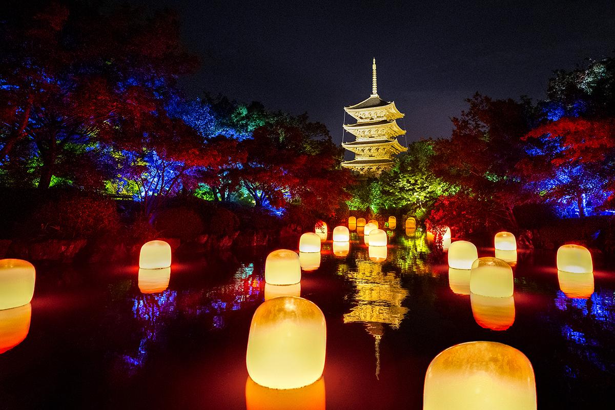 チームラボ東寺光の祭り